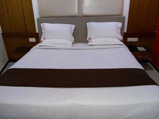 Hotel Rodali Residency Deluxe Room 1