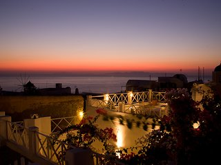 SantoriniParadise: Sunset Studio