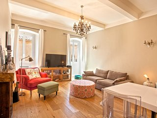 Casa Isula, apartment in downtown of l'Ile-Rousse