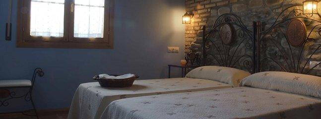 La Portada Del Medievo - Apartamento Dintel- Ideal para reuniones familiares, casa vacanza a Hecho