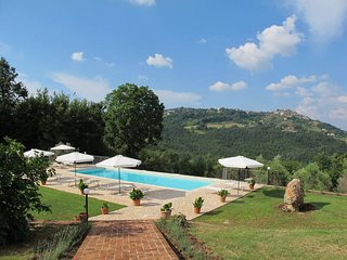 2 bedroom Apartment in Ticchiano, Tuscany, Italy - 5643216
