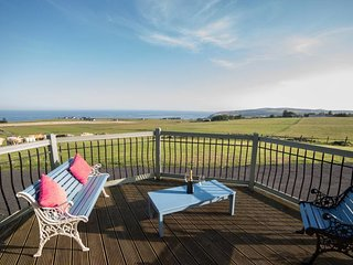 Stunning Cottage on NC500 - AMAZING Views. Sleeps 4