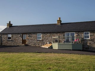 The Cottage, Dunbeath- AMAZING Views. Sleeps 4