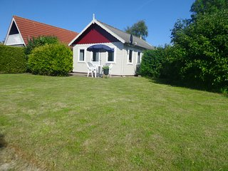4 pers. holiday home close to the National Park Lauwersmeer
