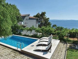 8 bedroom Villa in Omiš, Splitsko-Dalmatinska Županija, Croatia : ref 5563361