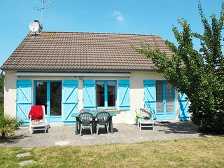 2 bedroom Villa in Saint-Germain-sur-Ay, Normandy, France : ref 5647163