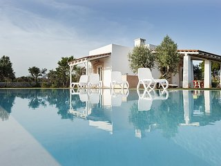 2 bedroom Villa in Pesculuse, Apulia, Italy : ref 5647854