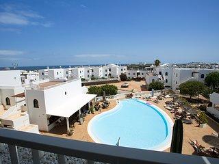 Duplex 'Pasion de Verano', Costa Teguise, 500 del mar