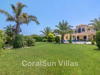 BEACH FRONT Luxury Villa,  Exceptional Gardens