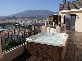 Luxury Penthouse in Fuengirola Ref 66