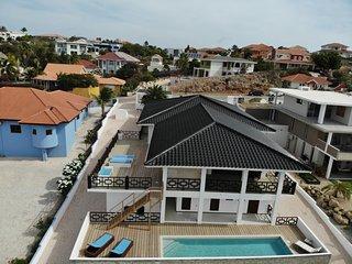 Luxurious tropical 7 bedroom villa in Jan Thiel