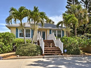 NEW! Cozy Home w/Deck- Steps to Indian Rocks Beach