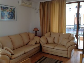 Sunny beach Bulgaria sleeps 4 apartment
