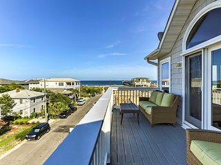 NEW! Wrightsville Beach Townhome Walk to Beach!
