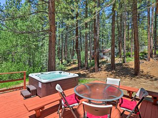 NEW! 4BR w/Decks- 6 Mins to Heavenly,Lake & Casino