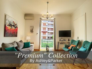 Ashley&Parker -EDITH PIAF PREMIUM- Large 1 bed apartment with balcony Carré d'or