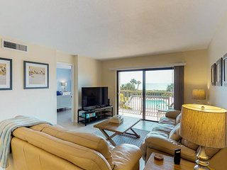 NEW LISTING! Oceanfront condo w/shared pool, putt putt golf & beach access