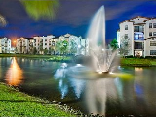 Big Condo w/ brand new furnishings in Doral/Miami