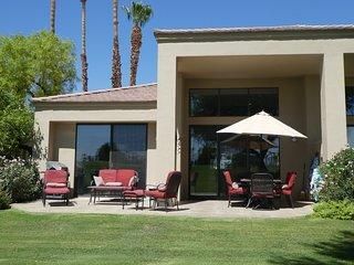 Beautiful remodelled luxury home near Desert Trip.