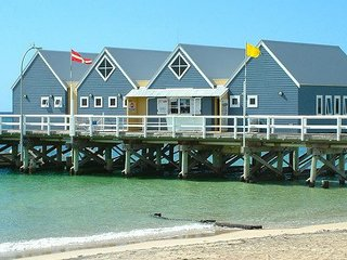 Abbey Beach Stayz Busselton Dunsborough Margaret River - Beach Holiday House