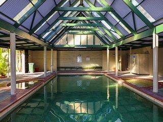 98 Ibis Deluxe Villa Ibis airbnb