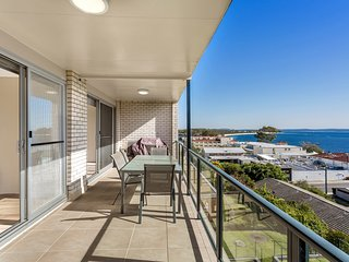 Sundeck,  Unit 8/51 Ronald Avenue