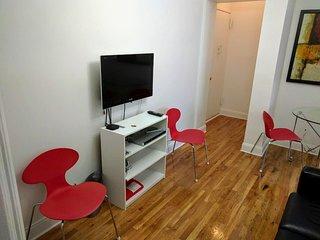 Cozy Spacious Room in SoHo