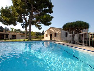 Casa vacaciones Can Cirerol, Portocolom gran jardin y piscina