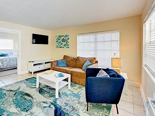 Updated 1BR w/ Pool & BBQ Area, Steps to Beach, Dining & Watersports