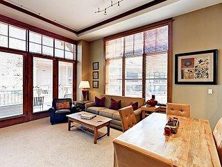 Luxury 1BR w/ Fireplace & Mountain-View Terrace in Northstar Village