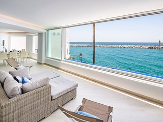 Unique apartment in Puerto Banus, Marbella,Spain