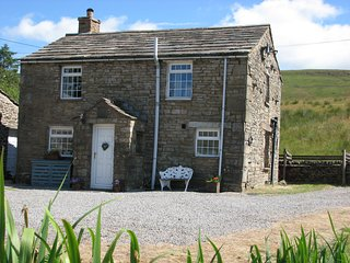 Blades Cottage, Nr Lunds, Hawes