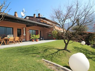 3 bedroom Apartment in Spinone al Lago, Lombardy, Italy : ref 5560137