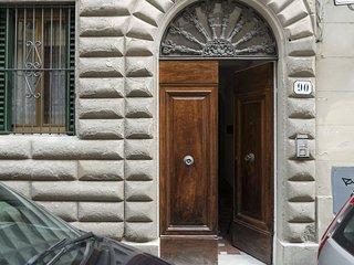 1 bedroom Apartment in Oltrarno, Tuscany, Italy : ref 5629950