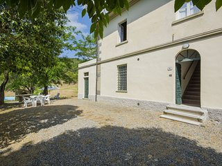 4 bedroom Apartment in Cafaggio, Tuscany, Italy : ref 5513282