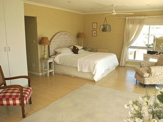 Sea front five bedroomed house