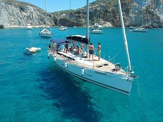 Happy Sailing, barca a vela 6/8 posti Dufour 450 grand large