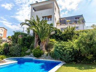 Catalunya Casas: Cozy Villa Abrera for 10-11 guests, only 30km from Barcelona!
