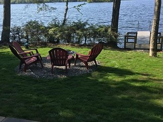 Suncook Lake Waterfront in Barnstead (VAI80W)