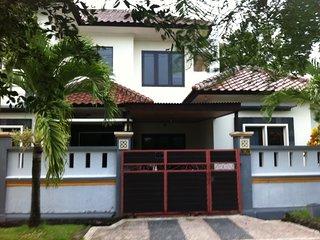 Villa Taman Mumbul