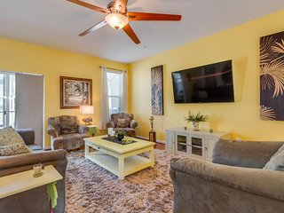 NEW LISTING! Bayview townhouse w/shared pool, minutes from downtown Ocean City