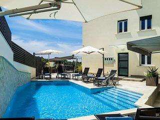 NEW-Teranea Hvar Resort 4*(A2)Deluxe apartment / large terrace