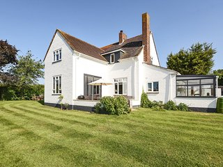 Gayfere Cottage - Gayfere Cottage in rural Birdham