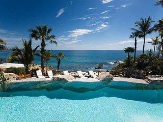 Exclusive Oceanfront Six Bedroom Villa