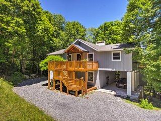 Upscale Beech Mountain House - 1 Mi to Ski Resort!