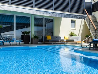 NEW-Teranea Hvar Resort 4*(B3)Deluxe apartment / pool view with large terrace