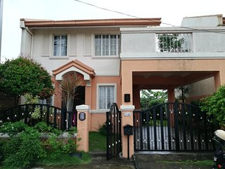 Spacious and Breezy 3BR Home in Vista Alabang Daang Hari closed to Vista Mall