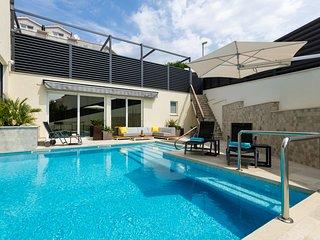 NEW-Teranea Hvar Resort 4*(C2)Luxury apartment / large terrace