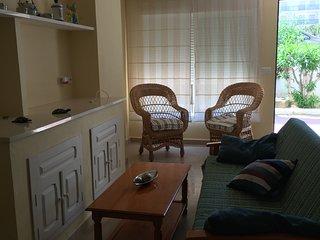 Apartamento en la playa de la Antilla, a 100 metros de la playa, con plaza de pa