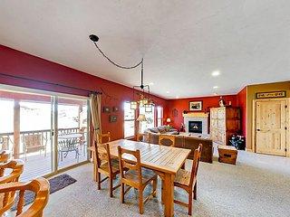 4BR w/ Epic Game Room & Views - 1 Mile to Granby Ranch Ski Resort